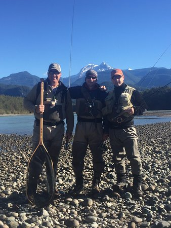 Valley Fishing Guides Day Trips: Last day fishing the Squamish River