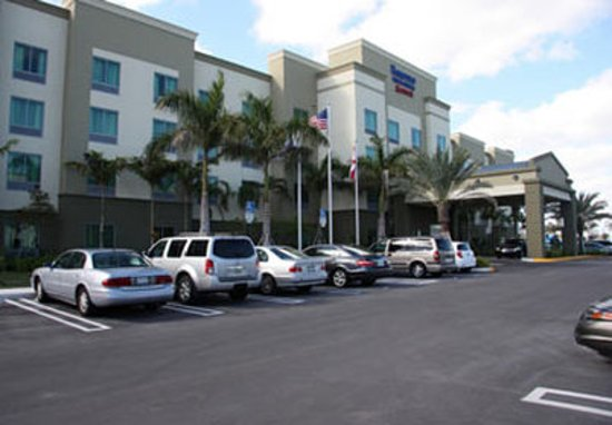 Photo of Fairfield Inn & Suites Fort Lauderdale Airport & Cruise Port Dania