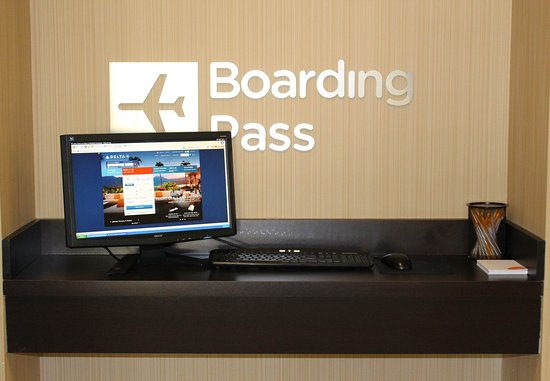 Clarksville, Tennessee: Boarding Pass Station