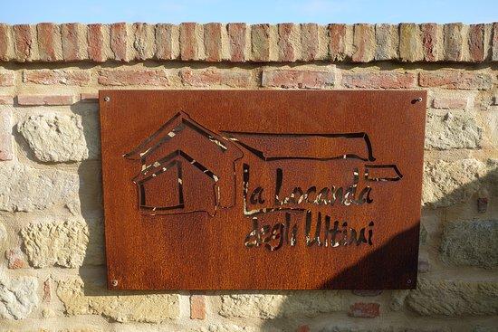 Vignale Monferrato, Italie : L'insegna, accanto al nostro parcheggio gratuito