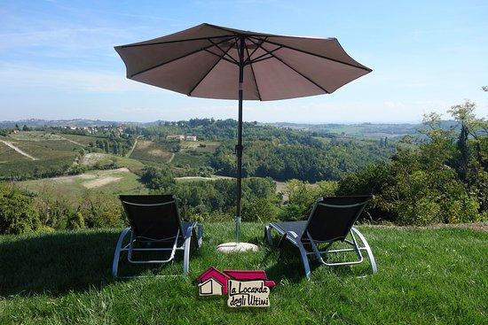 Vignale Monferrato, Italie : La vista spazia fino all'appennino ligure