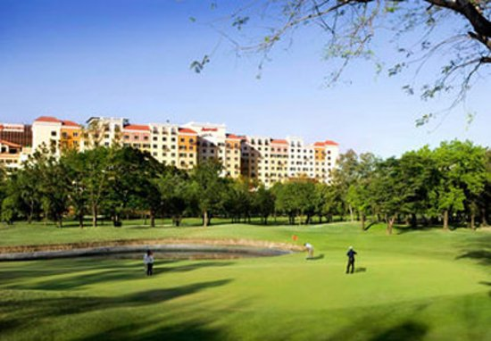 Manila Marriott Hotel: Villamor Golf Course