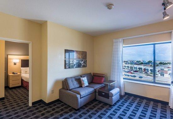 DeSoto, Teksas: One-Bedroom Suite