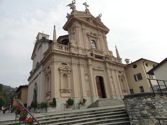 Brunate, Italia: Chiesa