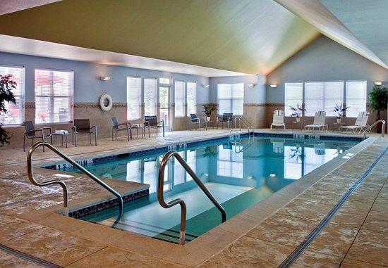 Branchburg, Νιού Τζέρσεϊ: Indoor Pool