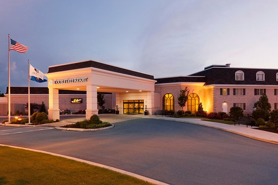 DoubleTree Resort by Hilton Hotel Lancaster: Hotel Exterior