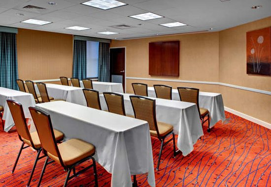Chester, VA: Meeting Room