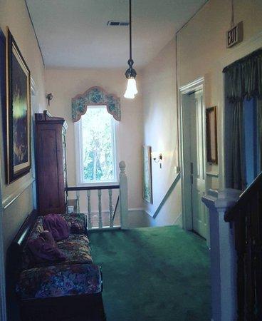 Marietta, GA: Second floor hallway.