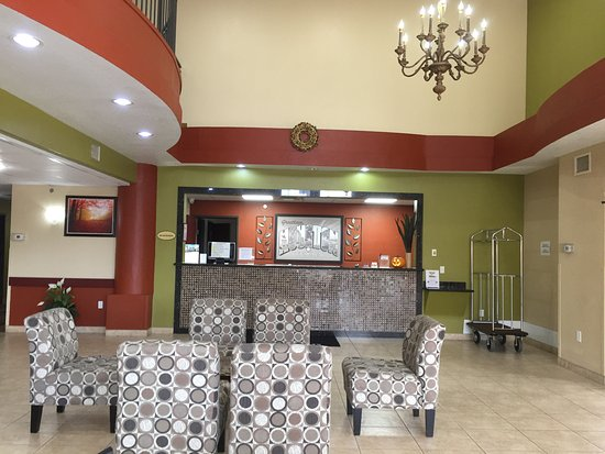 Humble, تكساس: Lobby and Sitting Area