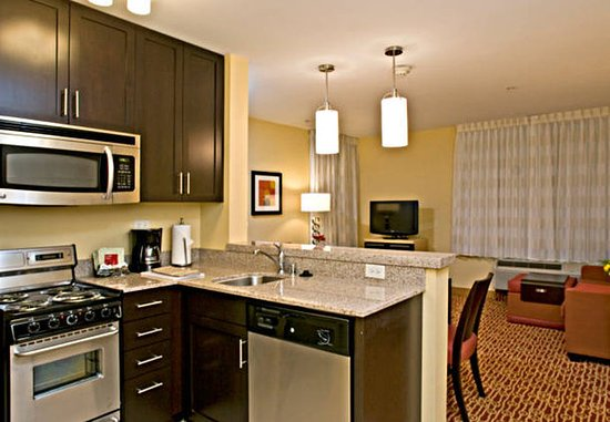 Vista, Kalifornia: Two-Bedroom Suite