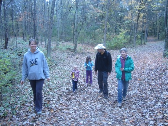 "Baraboo, WI: Family hiking with a ""exploring"" booklet"