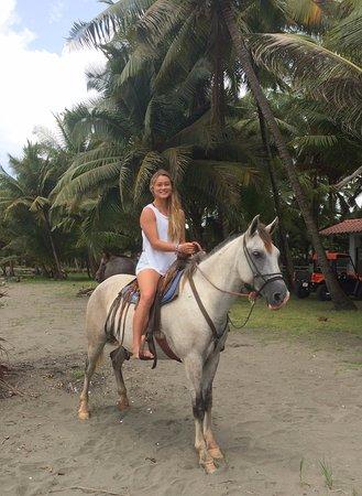 Esterillos Este, Costa Rica: PhotoShoot Encantada