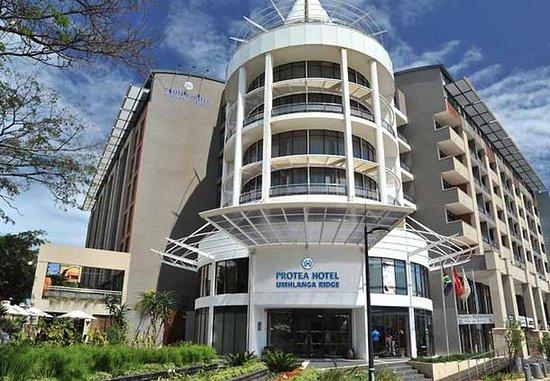 Protea Hotel Durban Umhlanga Ridge: Exterior