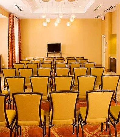 Fairfax, VA: Meeting Space