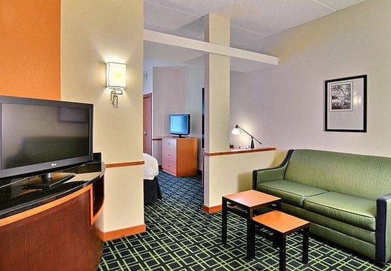 Huntingdon, Pensilvania: Double/Double Suite - Living Area