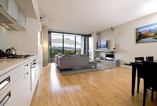 Pounamu Apartments: Two Bedroom Premier