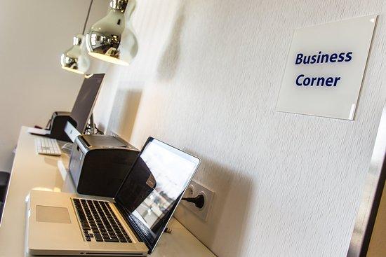Saint-Apollinaire, France : Business Corner
