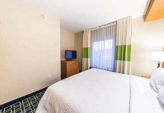 New Cumberland, PA: One-Bedroom King Suite - Sleeping Area