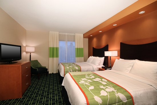 Fairfield Inn & Suites Mahwah: Suite Bedroom