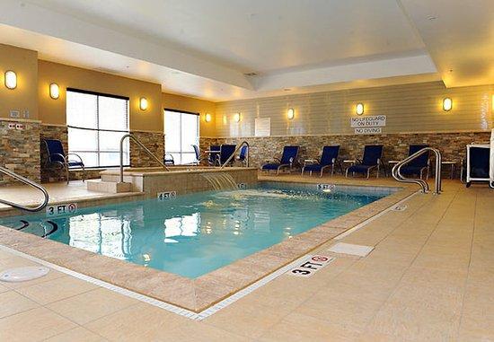 Slippery Rock, بنسيلفانيا: Indoor Pool