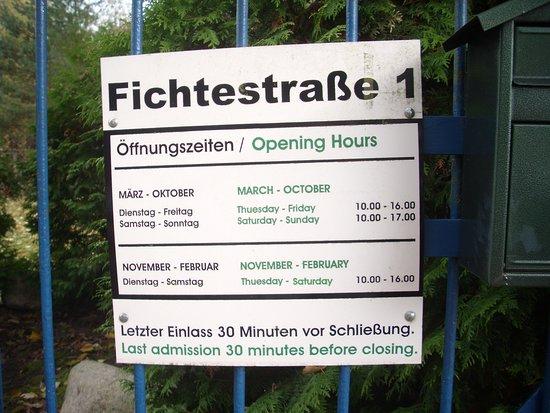 คอตต์บุส, เยอรมนี: Öffnungszeiten