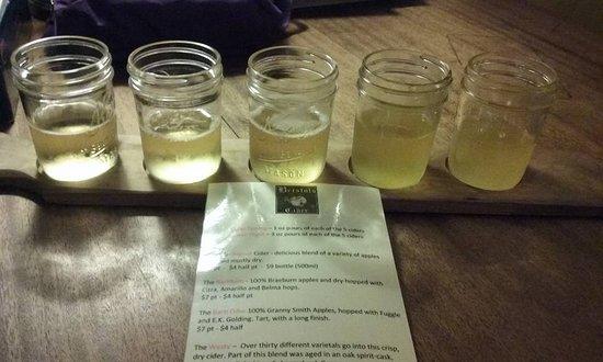 Atascadero, Kalifornia: Loved the cider flight