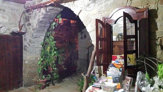 Τόχνη, Κύπρος: 20161014_200708_large.jpg