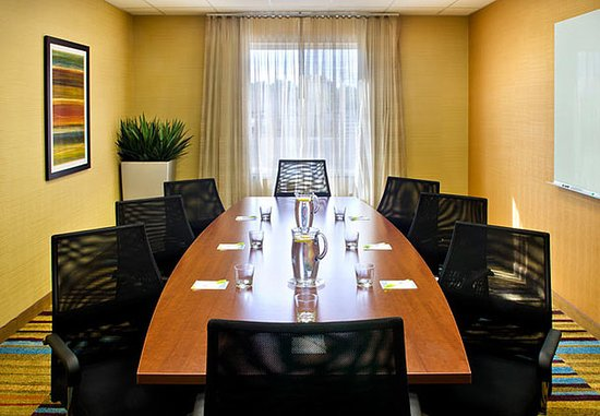 Watertown, estado de Nueva York: Adirondack Boardroom