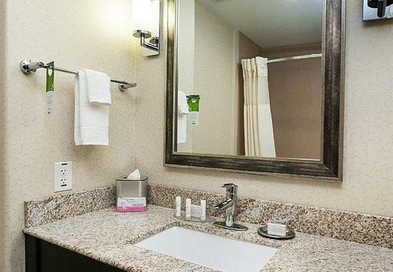 Woodway, Техас: Suite Bathroom