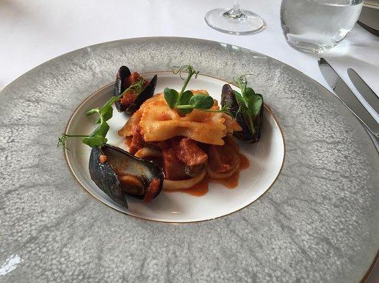 the river restaurant bar sea food ravioli