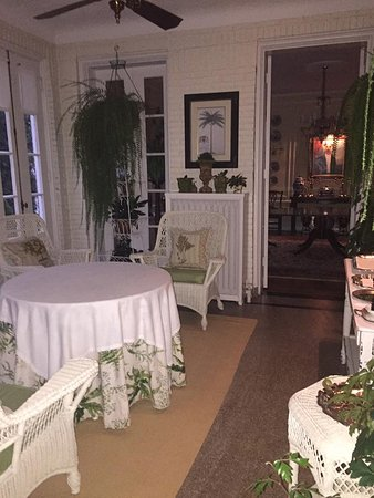 Bishops Hall Bed Breakfast Sunroom Where Is Served Another Separate Dining