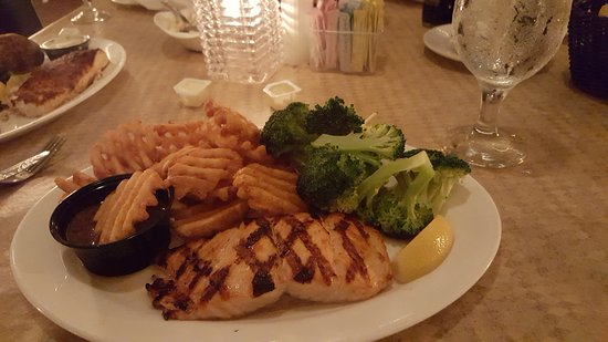 Belmar, NJ: Organic Scottish Salmon