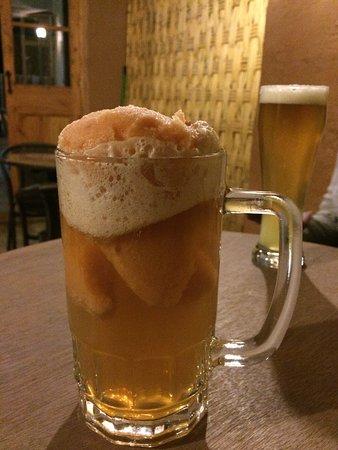 Vicuña, Chile: Lo más novedoso es el tusuy  un cóctel de cerveza y helado de canela algo así como la versión el