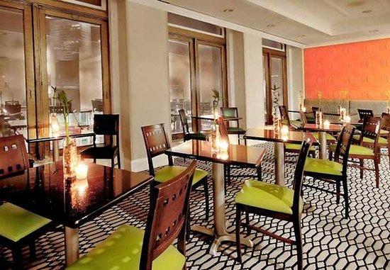 Fairfield Inn & Suites Atlanta Downtown: Alabama Room