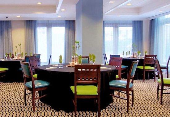 Fairfield Inn & Suites Atlanta Downtown: Connally Meeting Room