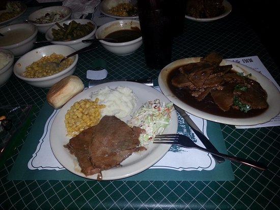 the log inn roast beef family style dinner single serving as