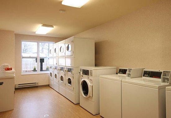 วูดบริดจ์, นิวเจอร์ซีย์: Guest Laundry