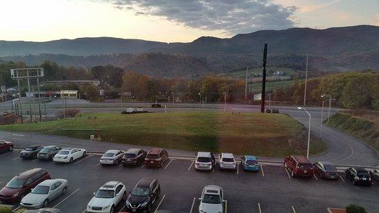 Wytheville, فيرجينيا: 20161020_072948_large.jpg