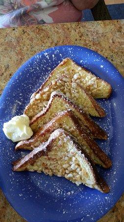 Macadamia nut french toast - Picture of Kountry Kitchen, Kapaa ...