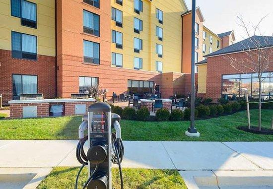 Фредерик, Мэриленд: Electric Car Charging Station