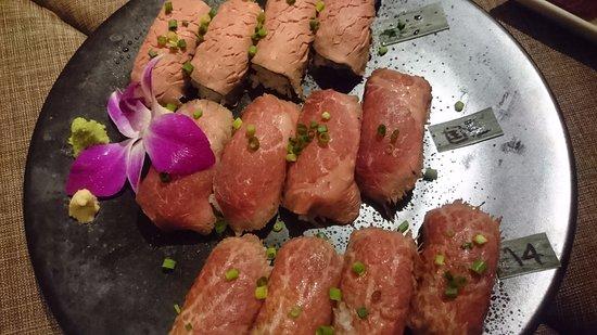 Musashino, Japon : ランプ肉3種食べ比べ