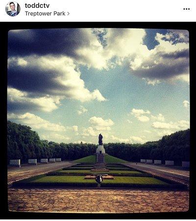 Treptower Park: photo1.jpg