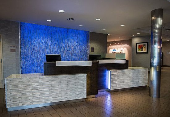 Moscow, ID: Front Desk