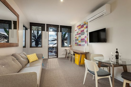 Frankston, Australia: One Two Bedroom Apartment Living Area