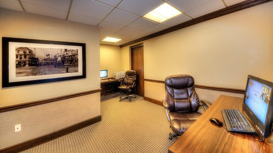 Port Huron, MI: Business Center