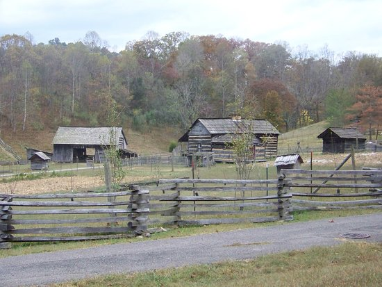Mountain HomePlace: The farm