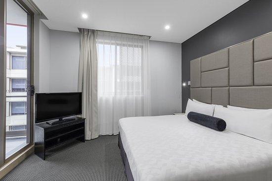 North Ryde, Australia: Modern Suite With Bedrooms Main Bedroom