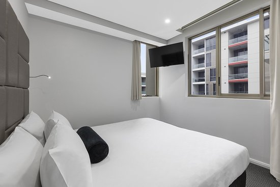 North Ryde, Australia: Modern Suite With Bedrooms Second Bedroom