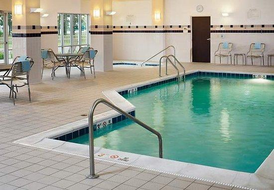 Midland, MI: Indoor Pool & Whirlpool