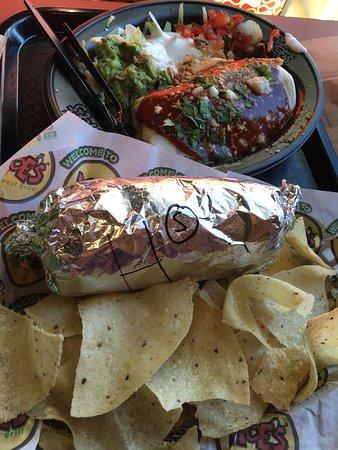 Easton, PA: Moes Southwestern Grill